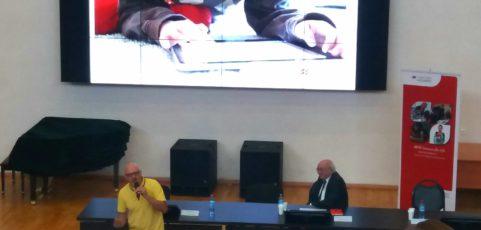 Ежегодная международная конференция издательства «Макмиллан» (Москва, МГУ), выступает Steve Taylore-Knowles